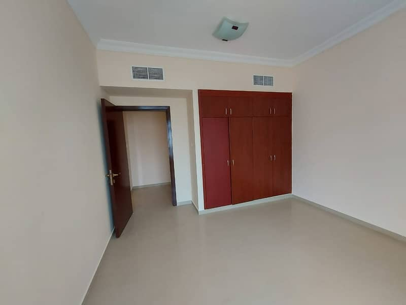 SPECIOUS 2BHK WITH BALCONY PARKING FREE 1 MONTH FREE