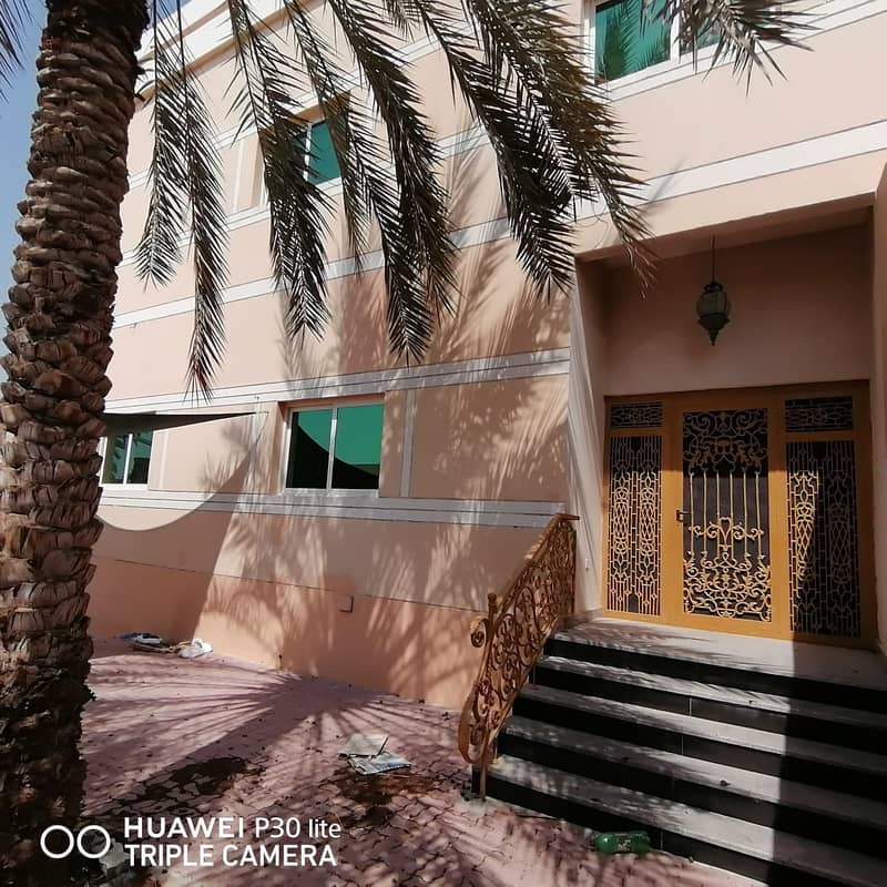 4 MASTER BED ROOM VILLA WITH BIG MAJLIS IS AVAILABLE IN 75K IN SHAHBA WITH 4 PAYMENTS IN SHARJAH