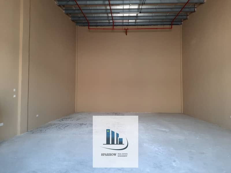 2 120  Sqm store spaces for rent in Mussaffah