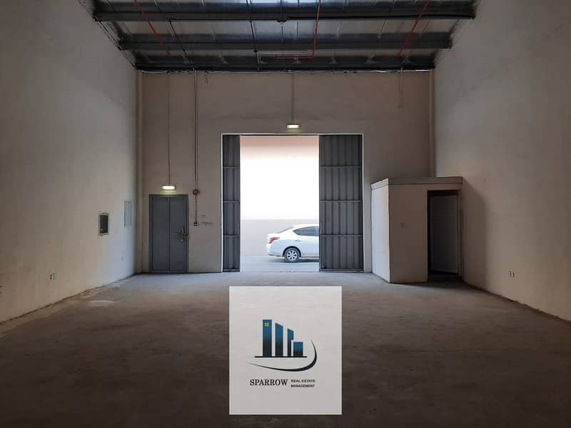 10 120  Sqm store spaces for rent in Mussaffah