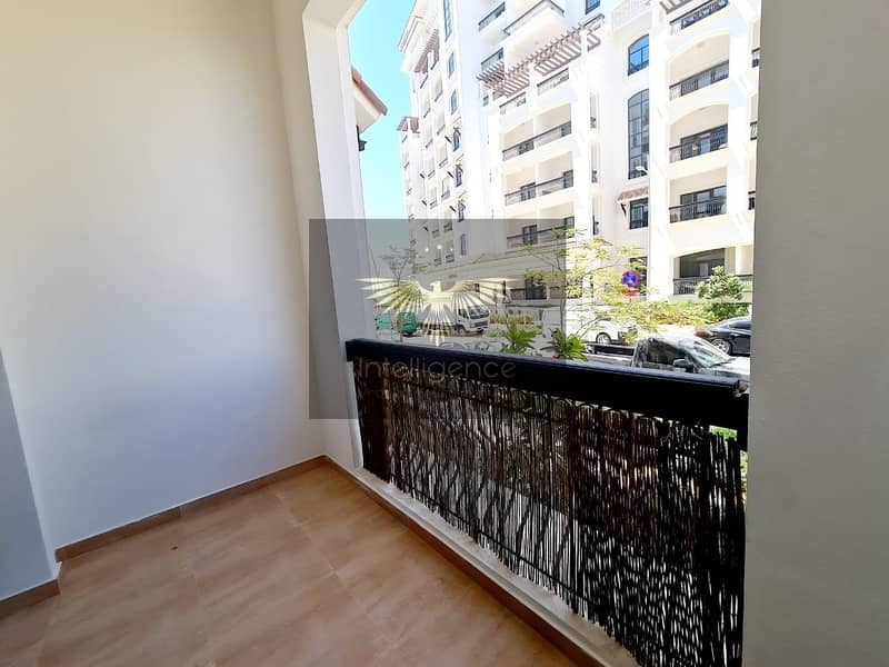24 Cozy Relaxing Unit for Occupancy on Ground Floor!