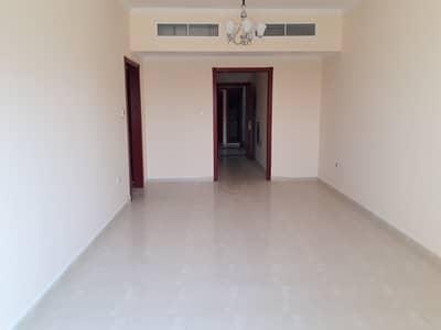 فلیٹ 2 غرفة نوم للايجار في المدينة الجامعية بالشارقة، الشارقة - شقة في المدينة الجامعية بالشارقة 2 غرف 32000 درهم - 4812737