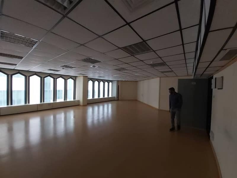 2 705 sqft Fully Fitted office Chiller Free for 70AED per SQFT Near Union Metro Station