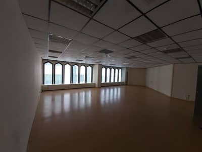 مکتب  للايجار في ديرة، دبي - Best Deal ! Separate Individual Office 1045 SQFT Near Union Metro Chiller Free @ 65 per Sqft