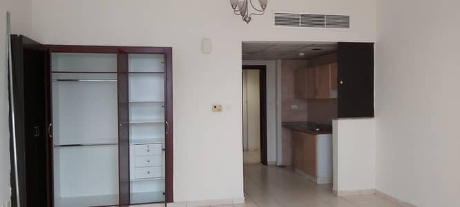 Studio for Rent in International City, Dubai - STUDIO FOR RENT IN ENGLAND CLUSTER IC