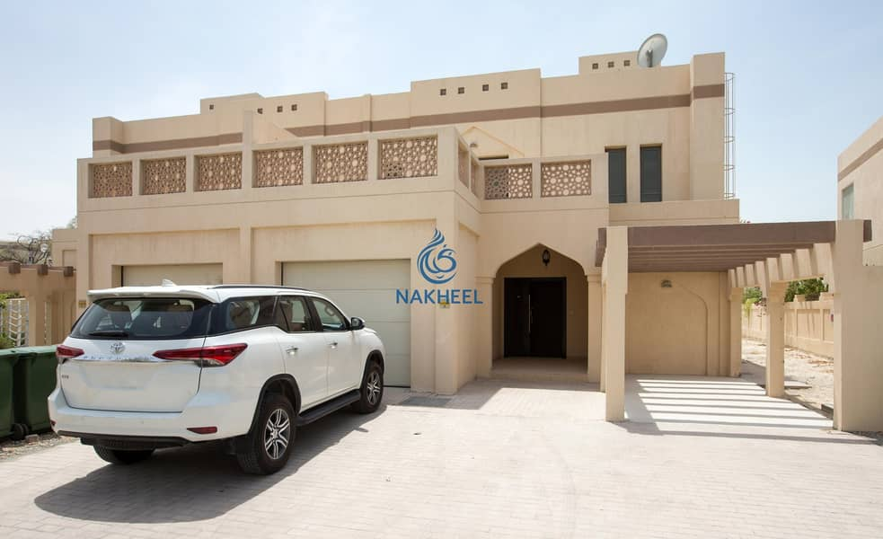 2 Spacious 4 Bed Villa with maids room and Pool