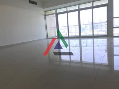 3 Bedroom Flat for Rent in Al Reem Island, Abu Dhabi - Sea View - 3 Bedrooms with maidroom Apartment in Bay View Tower