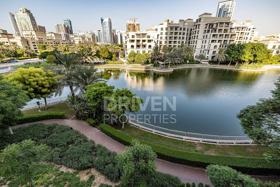 Full Canal View | Mid Floor | Spacious Bright