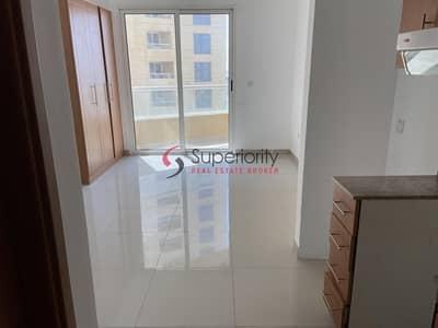 استوديو  للايجار في مدينة دبي للإنتاج، دبي - Stunning Studio For Rent In Lakeside IMPZ|Very Cheap Price