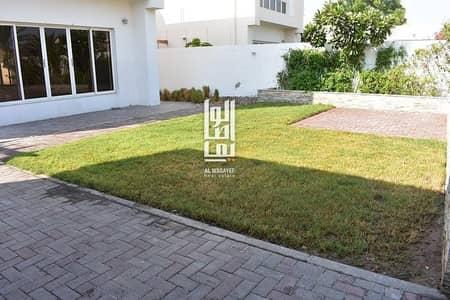 4 Bedroom Villa for Rent in Jumeirah, Dubai - Amazing 4 Bedroom+Maid Room With Private Garden !!