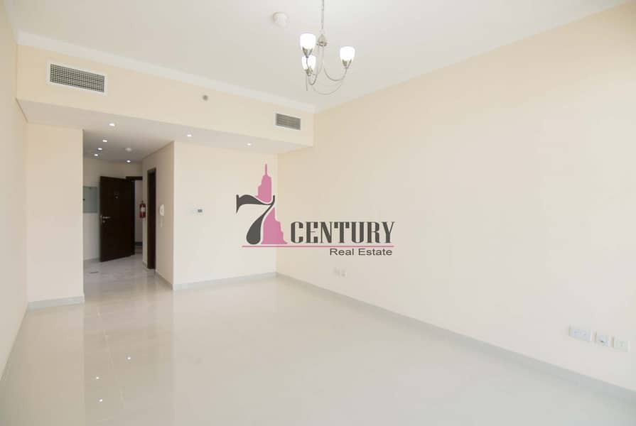 2 Brand New | Studio Apartment | Canal View