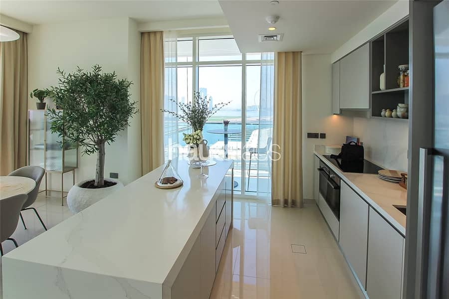 2 Stunning Sea / Palm Jumeirah Views | WOW