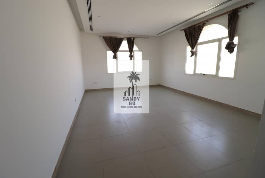 2 Big plot  5 Bedrooms Villa   Nad Al Sheba 4