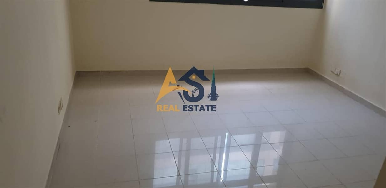 8 Spacious 1 BHK|Close to Sharaf DG Metro(Mashreq)|Close Kitchen|35k For Rent