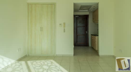 Studio for Rent in Discovery Gardens, Dubai - AC FREE Small Studio with  Closed Kitchen