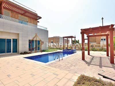 6 Bedroom Villa for Sale in The Marina, Abu Dhabi - A Fanciness Villa W Pool / Jacuzzi / Garden