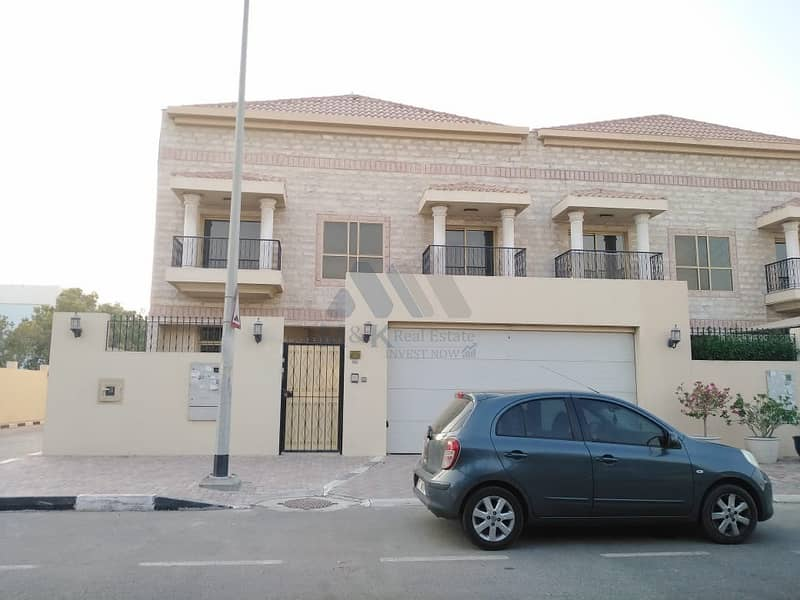 12 Cheques | 1 Month Free | Private Pool | Spacious 3 Bedroom