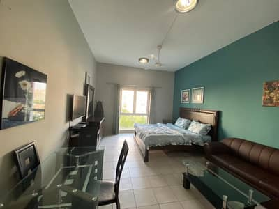 Studio for Rent in Discovery Gardens, Dubai - BED & LIVING