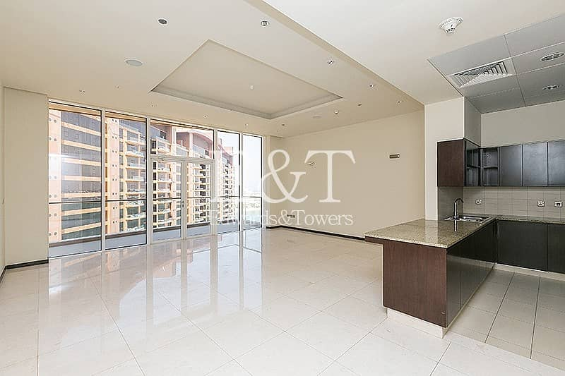 Spacious Apartment| City View|Vacant