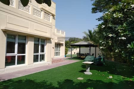 5 Bedroom Villa for Rent in The Meadows, Dubai - FULLY FURNISHED Flooded With Natural Light Huge Plot Upgraded With Pool