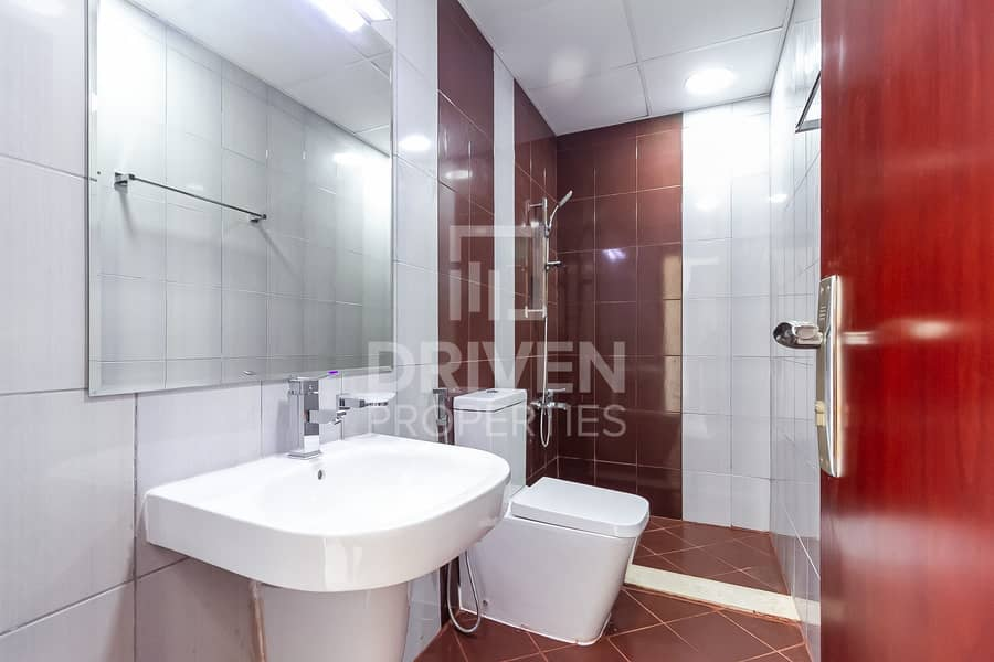 18 Brand New | Bright 2 BR | Spacious Layout