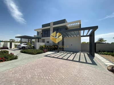 Full Park view l Single row villa l 3 bedrooms l At the most prestigious community in Dubai  l Flexible  payment plan l