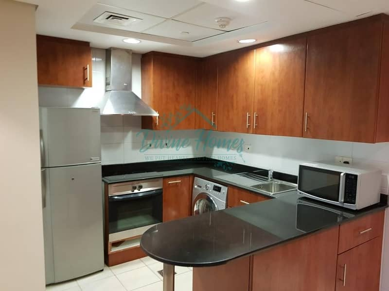 21 Next to Metro | Equipped Kitchen | Parking | Balcony
