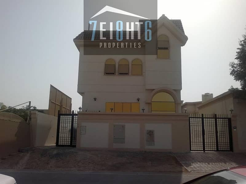2 3-4 b/r spacious high quality independent villa  with basement + maids room for rent in Al Quoz 1