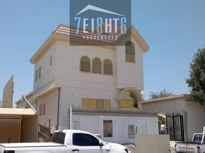 4 3-4 b/r spacious high quality independent villa  with basement + maids room for rent in Al Quoz 1