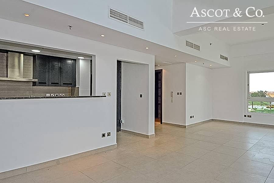 3 Bed   Top Floor   Duplex   Corner Flat