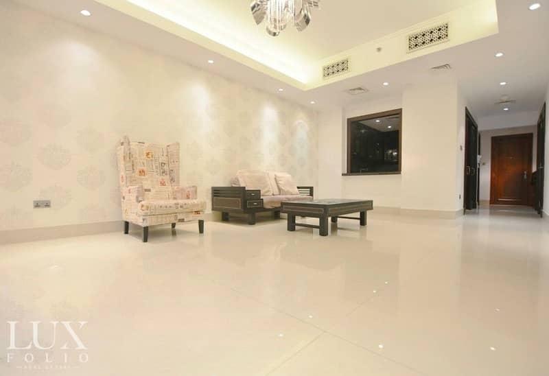 OT Specialist | Bright Apartment | Excellent Condition