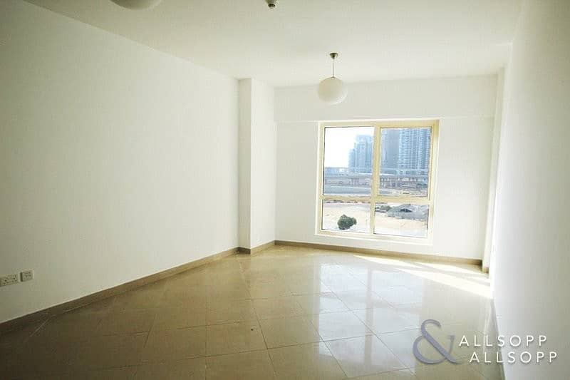 8 2 Bed Unfurnished Low Floor | Lake View
