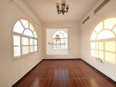 فلیٹ 4 غرف نوم للايجار في مدينة خليفة أ، أبوظبي - VERY HOT DEAL| Garage inside villa|Value for money
