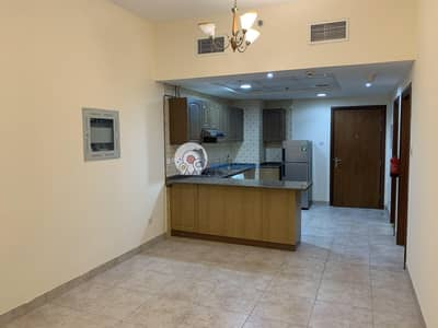 1 Bedroom Flat for Rent in Bur Dubai, Dubai - NEAR METRO | CHILLER FREE 1 BHK | KITCHEN APPLIANCES | PARKING | 6 CHQS PAYMENT