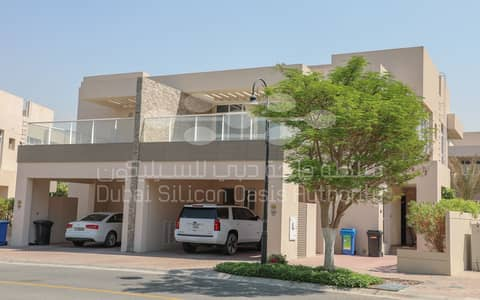 3 Bedroom Villa for Rent in Dubai Silicon Oasis, Dubai - side front 10/25/20