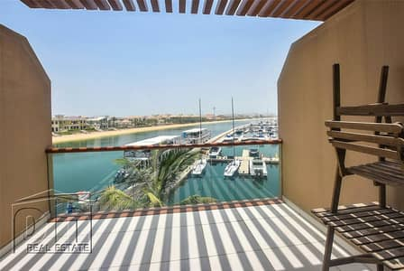 Studio for Rent in Palm Jumeirah, Dubai - Furnished | Marine View | Spacious Balcony