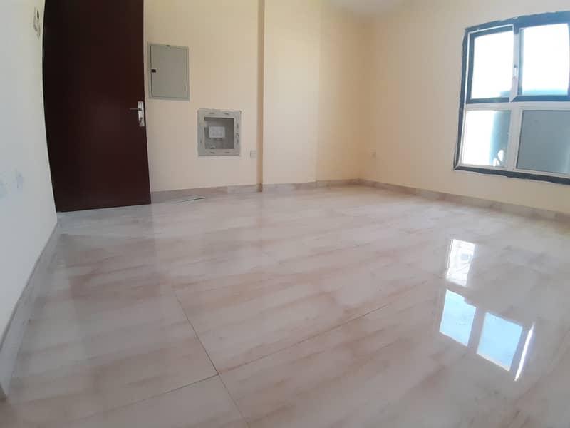 شقة في مويلح 1 غرف 21000 درهم - 4817259