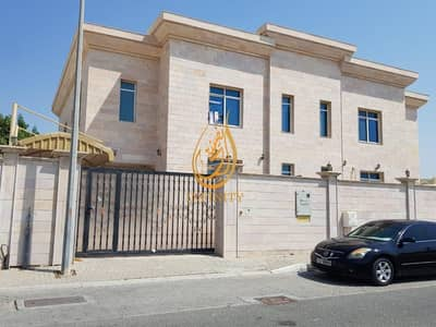 5 Bedroom Villa for Rent in Al Jazzat, Sharjah - Spacious Five Bedrooms Villa + No Deposit + Split A/C