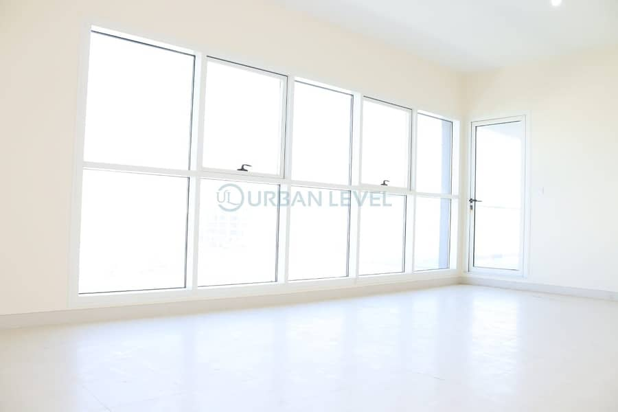 Bright 2 Bed Apartment With Canal View