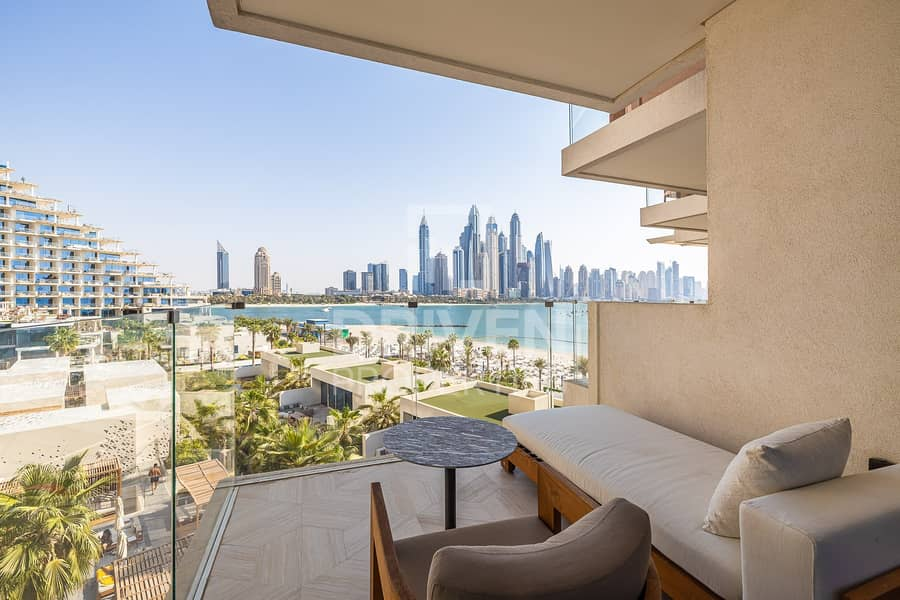 25 Stunning Furnished 4 Bed Apt | Private Pool