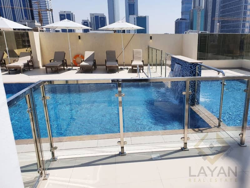 12 Top quality I Baysment Parking I Rooftop Pool