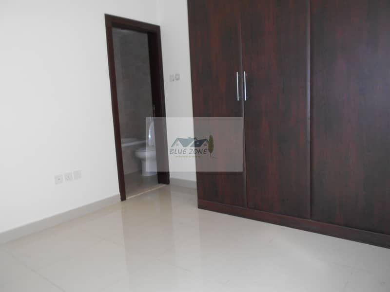 2 LIKE NEW 2BHK FAMILY OFFER 10 MINUTES BY BUS TO NAHDA METRO COVERED PARKING CLOSE TO POND PARK AVAIL 42K