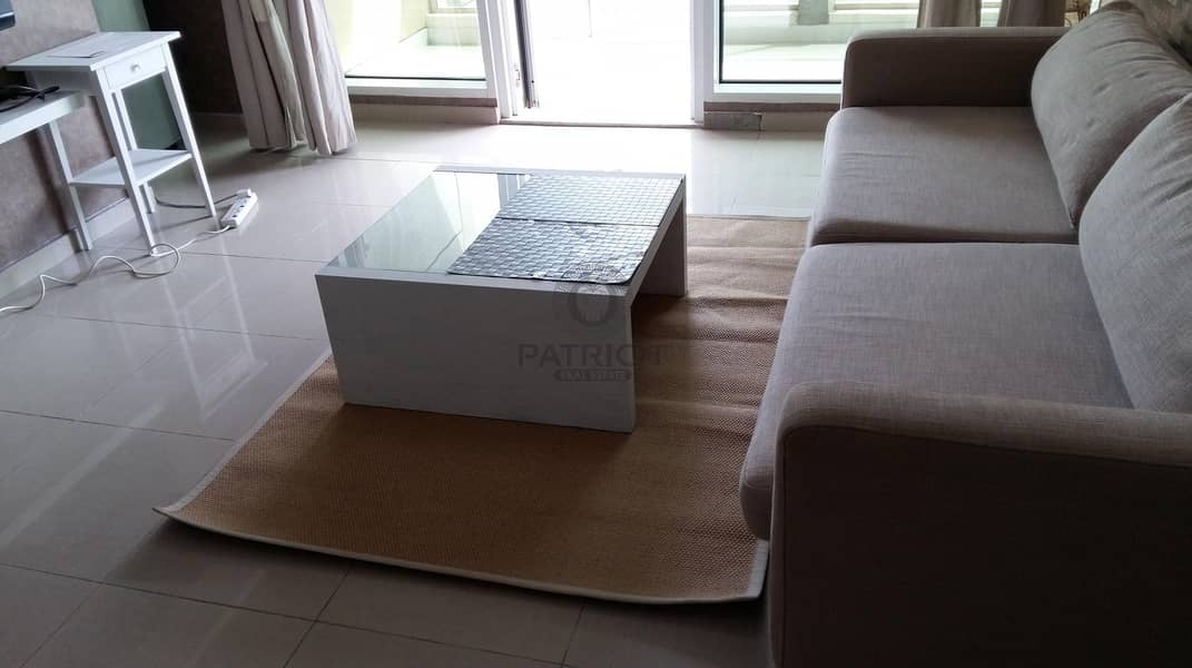 2 Furnished & Ready to move in   High Floor Unit