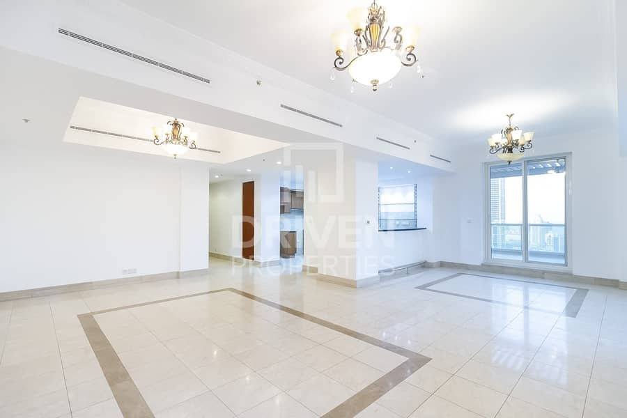 Exclusive and Spacious   Marina and City View