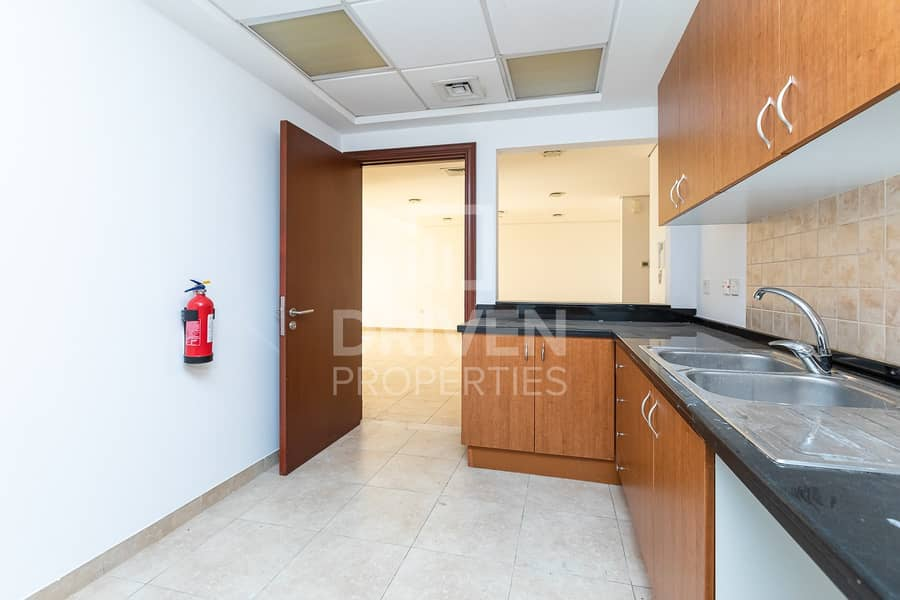 15 Bright and Well-managed | Golf Course View