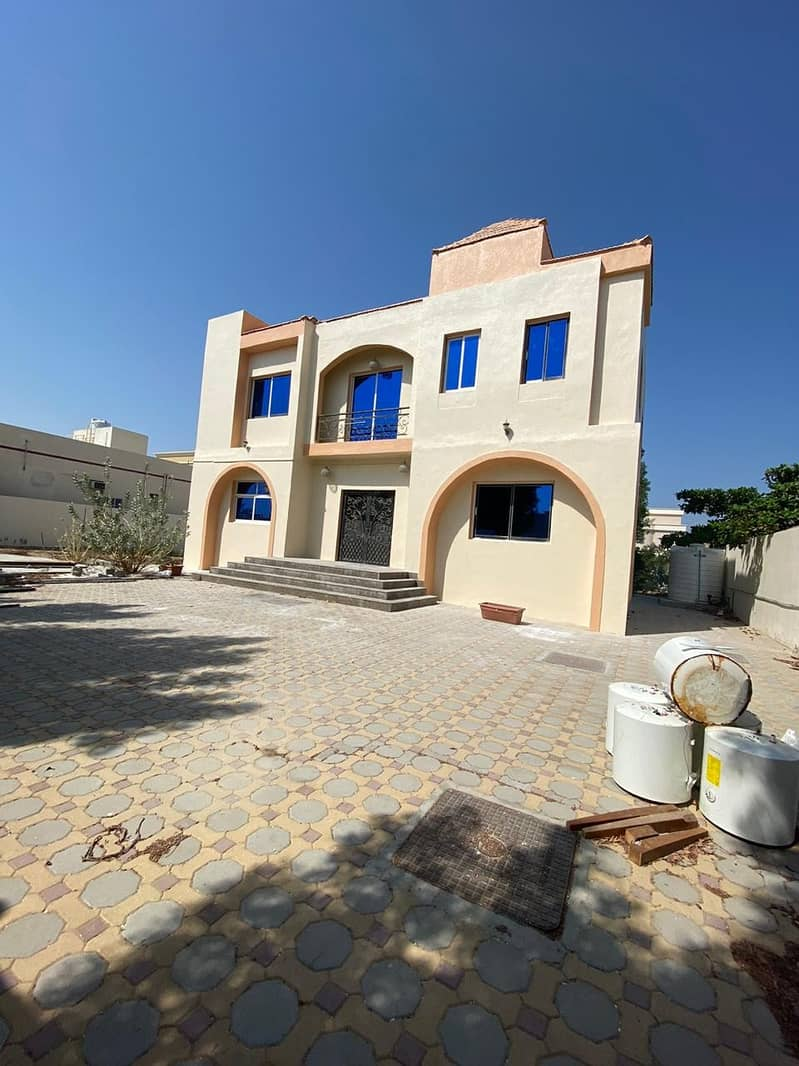 BEST OFFER ,6 BEDROOM VILLA FOR RENT IN AL HAMIDIYAH