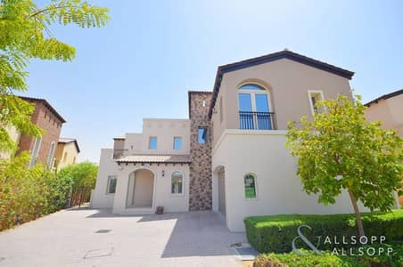 6 Bedroom Villa for Rent in Jumeirah Golf Estate, Dubai - Open Plan   6 Bedrooms   Large Basement