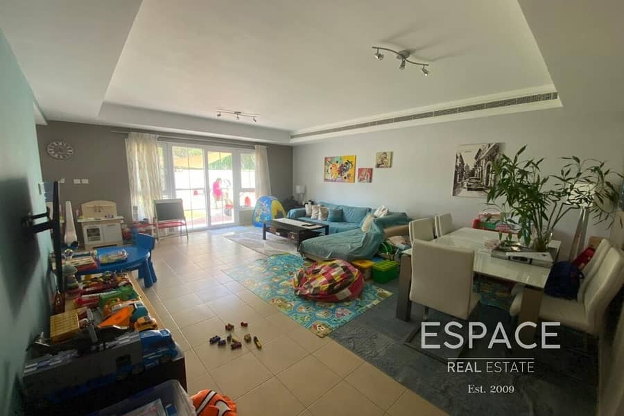 2 Beautiful 3 BR Villa Very Well Maintained