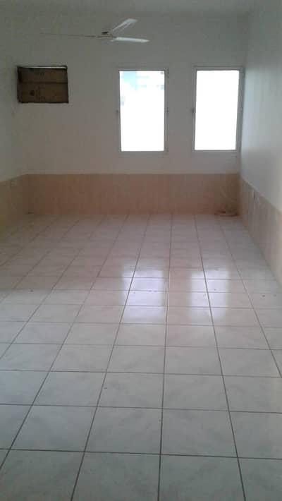 استوديو  للايجار في ديرة، دبي - شقة في المرقبات ديرة 23000 درهم - 4818868
