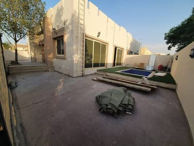3 Bedroom Villa for Rent in Mirdif, Dubai - **1 MONTH FREE**FULLY PRIVATE SINGLE STOREY 3 BR-PVT POOL-MAID-NEW KITCHEN FOR JUST